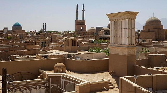 NINARA Tazd, Irán