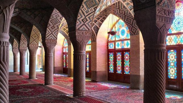 DYNAMOS Mezquita de Nasr Ol Molk en Shiraz